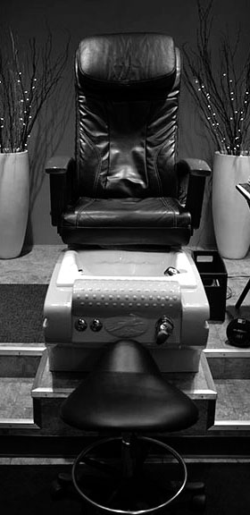 Chair sm bw
